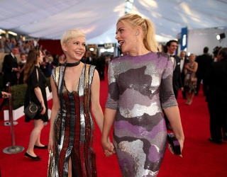 10 Times Busy Philipps and Michelle Williams Shone Bright as the Sun on the Red Carpet