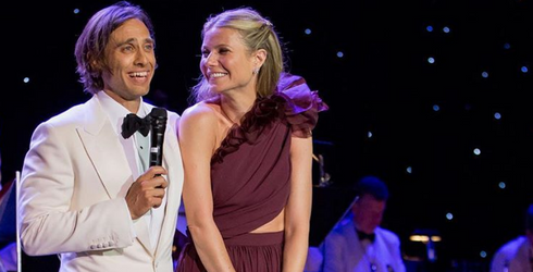 Gwyneth Paltrow Is a Married Woman! Match These Photos of the Happy Couple