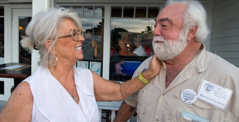 Paula Deen's Husband Just Won a Hemingway Look-Alike Contest and His Resemblance is Actually Uncanny