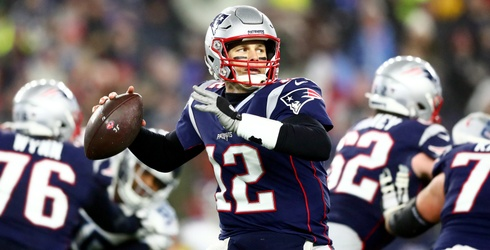 Can These 10 Tom Brady Moments Help You Cope With His NFL Move?