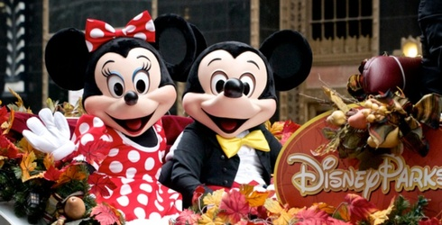 Disneyland vs. Disney World: Do You Know the Difference?