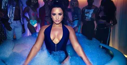 """Demi Lovato's """"Sorry Not Sorry"""" Video Is Here, Meanwhile We're Still Waiting for Our Invite to Her House Party"""