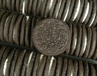 Scientists Have Finally Figured out How Long You Should Dunk Your Oreo in Milk