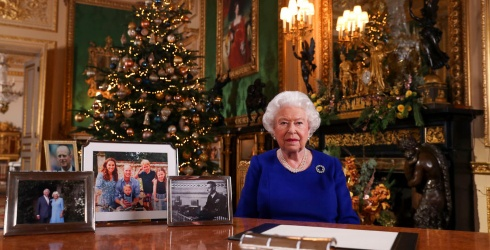 Why Isn't There a Photo of Harry and Meghan on the Queen's Desk?