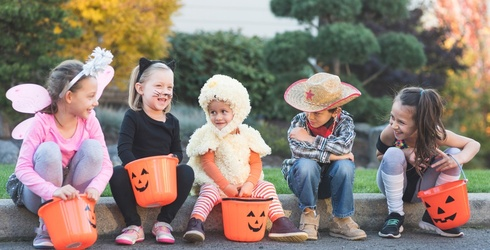 Can You Figure out the Similarities and Differences of Trick-or-Treating Around the World?