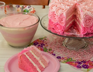 There's No Licking the Frosting With This Cake Decorating Puzzle