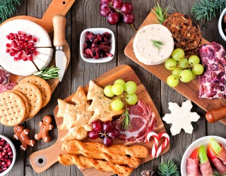 21 Holiday Charcuterie Boards That Will Have You Jingling All the Way