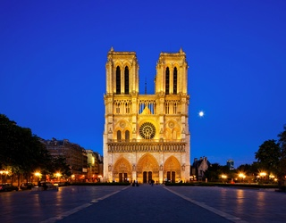 """Man Attacked Paris Officer at Notre-Dame Cathedral, Proclaims, """"This Is for Syria"""""""