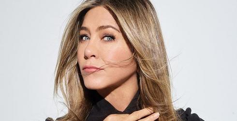 Jennifer Aniston Is Already Doing Instagram So, So Right