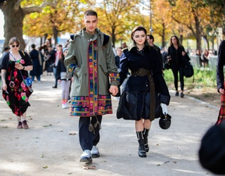 Maisie Williams Loves Fashion Week as Much as We Love Memory Matches