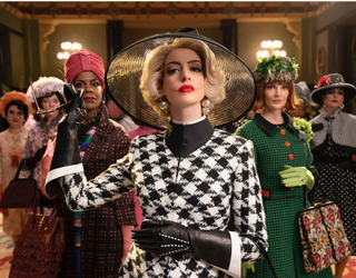 """There's Nothing Mousy About Anne Hathaway in """"The Witches"""" Trailer"""