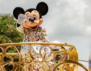 11 Shows to Watch to Satisfy That Disney Parks Craving