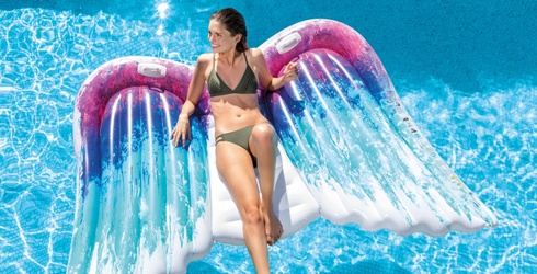 10 Floats You Need to Shop Immediately for Poolside Soirees