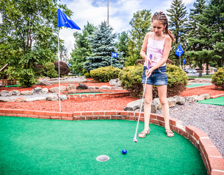 Can You Find The Differences In These Mini Golf Photos?