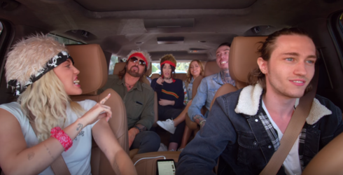 """Miley Cyrus Sings """"Achy Breaky Heart"""" With Entire Cyrus Clan on Carpool Karaoke Preview"""