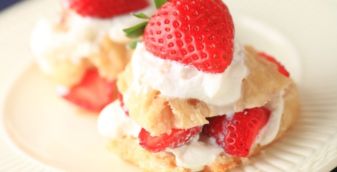 There's Nothing Small About This Strawberry Shortcake Memory Match