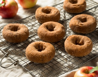 The Art of the Apple Cider Doughnut, as Told by a Passionate Reviewer