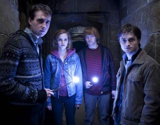 On Trend: TikTok Is Teaching Us How to Dress Like a Hogwarts Student