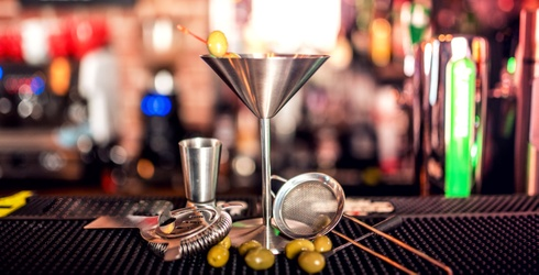 It's 'Tini Time! How Much Do You Know About the History of the Classic Martini?