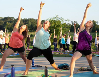 Drunk Yoga: Bendy Buzz or Good-for-Nothing Gimmick?