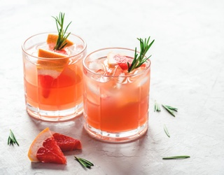 These 12 Grapefruit Cocktails Are Crisper Than a Clean Set of White Sheets