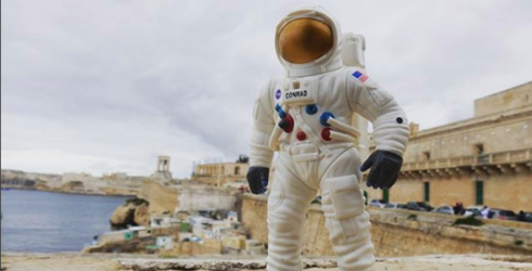 See the World from a New and Unique Angle Thanks to the Wandering Astronaut