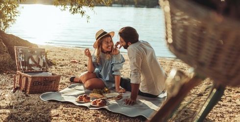 5 Must-Have Picnic Upgrades to Help You Bask(et) in the Warm Weather