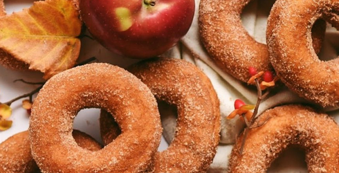 Travel Tuesday: Where to Get the Best Apple Cider Doughnuts