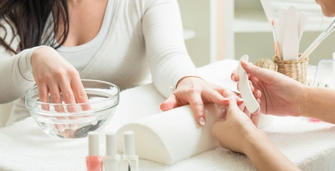 How to Improve Your Nail Health After One Too Many Gel Manis