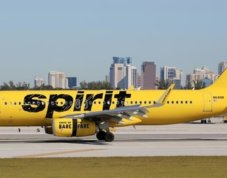 Chaos Ensues at Fort Lauderdale Airport After Spirit Airlines Flight Cancelations