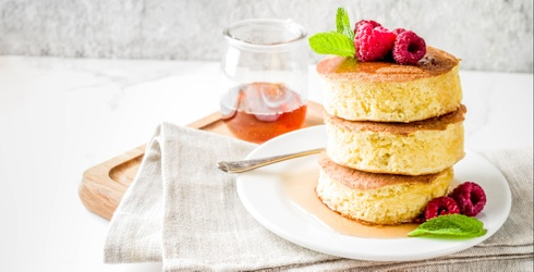 How to Make the Little Pillows of Heaven That Are Japanese Soufflé Pancakes