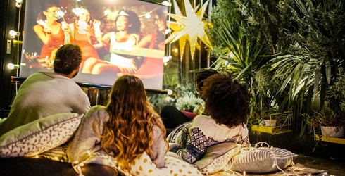 """How to Make Your Own """"Drive-in"""" Movie Theater at Home"""