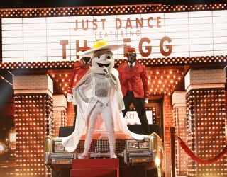 """Piece These Puzzling """"Masked Singer"""" Photos Back Together"""