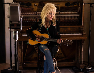 DailyTrivia: Dolly Parton Is Here to Help Save the World