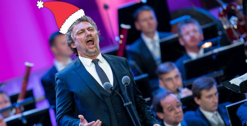 """Opera Singer Covers """"All I Want for Christmas Is You,"""" Sounds Like Kermit the Frog"""