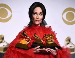 The Award Show Meme Strikes Again, This Time by Kacey Musgraves