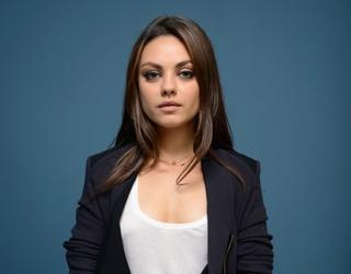 """The """"Luckiest Girl Alive"""" Film Has Its Ani FaNelli: Do You Agree With This Casting Choice?"""