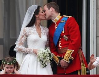 "Help Grace the ""Grumpy Flower Girl"" Unscramble This Noisy Royal Wedding Puzzle"