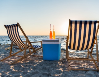 Somehow Sick of White Claw? Pack Your Beach Cooler With Any of These 8 Alternatives