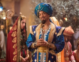 """Will Smith as the Genie in 2019's """"Aladdin"""" Is a Sight to See in This Memory Match"""