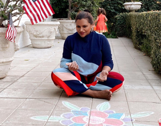 Already Famous: Mindy Kaling Tries to Celebrate Diwali, Katherine Has Better Things to Do