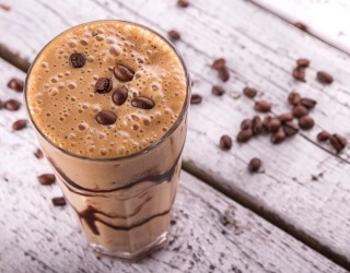 Which Power Smoothie Should You Make to Kickstart Your Morning?