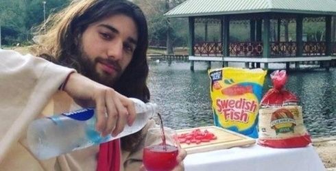 These Girls Found Jesus on Tinder and It's Both Wildly Offensive and Hilarious