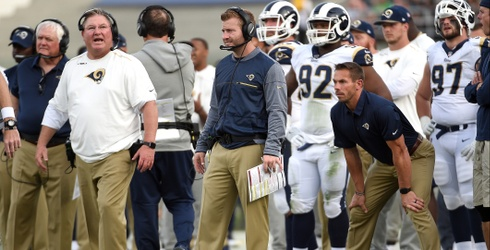 This Assistant Coach for the LA Rams Is More Supportive Than Your Boyfriend