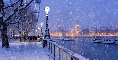 Hugh Grant May Not Be the Prime Minister, but London Still Looks Beautiful in This Snowy Puzzle