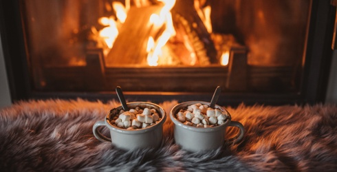 How to Make Red Wine Hot Chocolate, Because You Deserve Double the Comfort