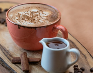 """Answer These """"Friends"""" Questions and We'll Tell You Which Chai-Flavored Item You Should Try"""