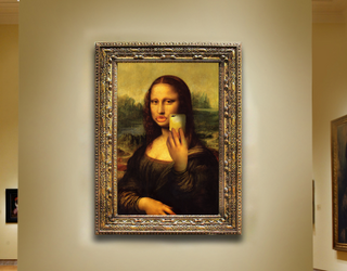 """New """"Museum of Selfies"""" Celebrates and Encourages Exactly What You Think it Does"""