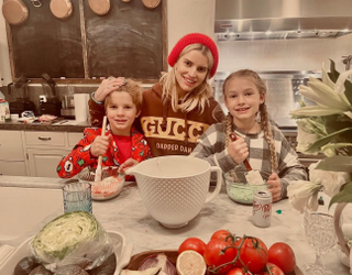 Already Famous: From the Beckhams to PenaVegas, a Glimpse Into Celebrity Christmas Mornings