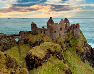 Weekend Wanderlust: Properly Spook Yourself With a Creepy Castle Tour